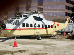 skyquest-aar-airlist-dos-equis-sikorsky-s61-right-view